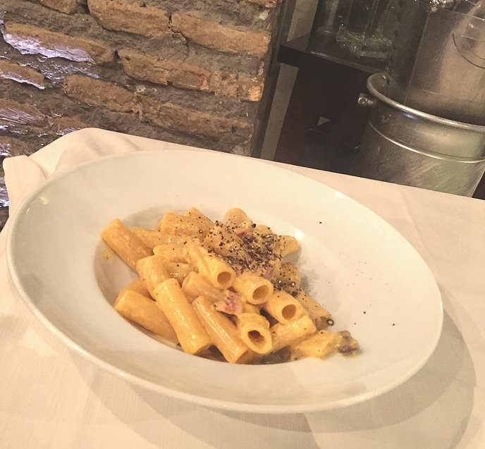 Pasta alla Carbonara at Da Robertino Bite, Italy